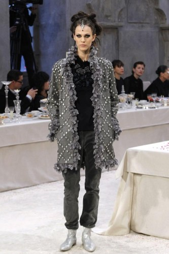 collezione-chanel-pre-fall-2012-bombay-paris-L-YiX5aC.jpeg