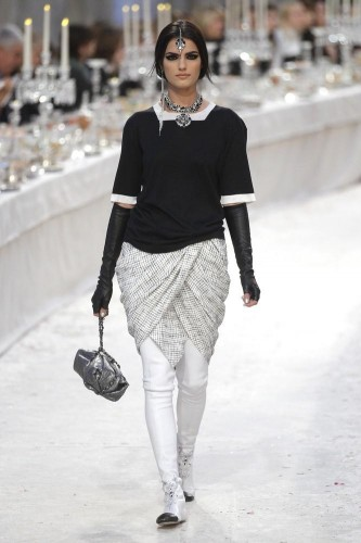 collezione-chanel-pre-fall-2012-bombay-paris-L-ACEzOu.jpeg