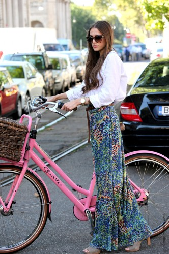 bicicletta dolce e gabbana,bicycle,street style